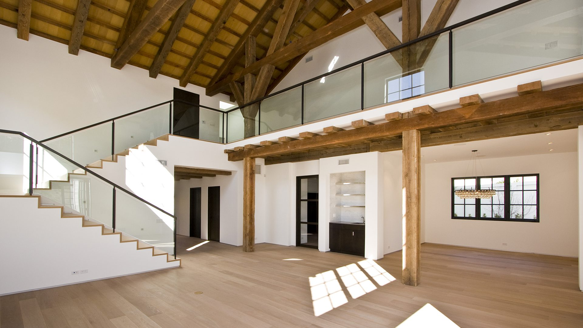 Z - Manchester, Project San Lorenzo. Parkett im modernen Haus